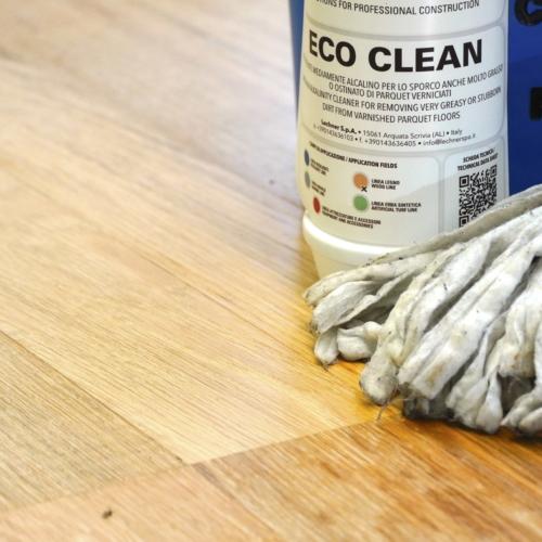 Prodotti per la manutenzione di pavimenti verniciati