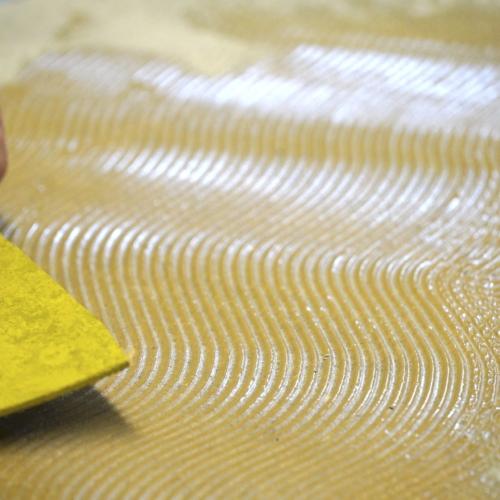 Adesivi per pavimenti in linoleum