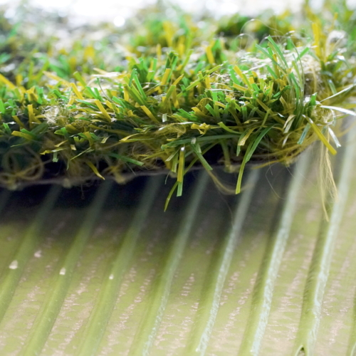 Adesivi per la posa di erba sintetica